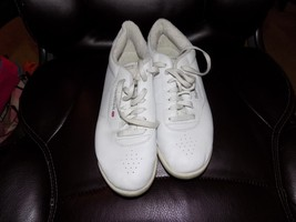 REEBOK CLASSIC 2-1475 PRINCESS WHITE/WHITE SHOES SIZE 10 WOMEN'S EUC - $40.80