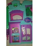 Littlest Pet Shop Rollaroos Playset Toy Doll Shop 2012 - $14.10