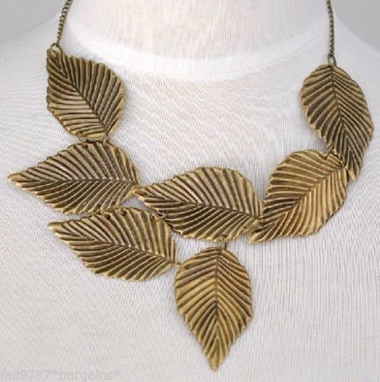 Bronzed Metal Leaf Light Weight Necklace Choker Statement Pendant