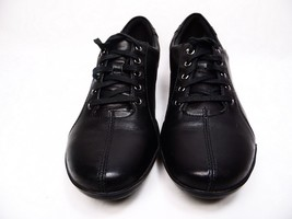 Clarks Everlay Elma Flats Leather  Black Size 9.5M  - $48.37