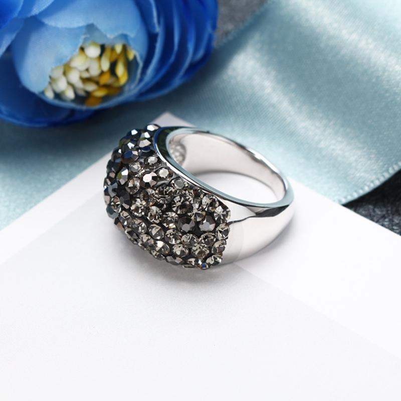 JASSY Luxury Platinum Classic Black Diamond Engagement Ring Statement Women Jewe