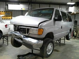 2007 Ford E150 Van Rear Axle Assembly 3.55 Ratio Open - $594.00