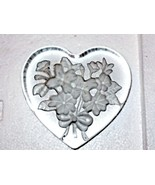 Heart Shaped ETCHED FLORAL  Art Glass Paperweight - $36.51