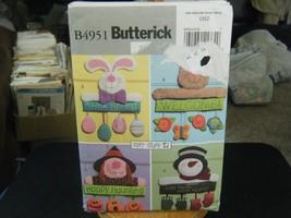 Butterick B4951 Seasonal Wall or Door Hanging Decorations Pattern - $6.72