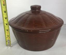 Vintage JC STONEWARE Covered Baker/Roaster #803 Ovenproof Basket Weave P... - $22.76