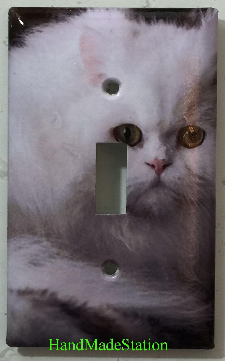 Persian cat single toggle