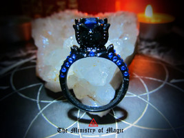 ALCHEMICAL ROSE OF THE WHITE QUEEN VAMPIRE SPELL - $255.00