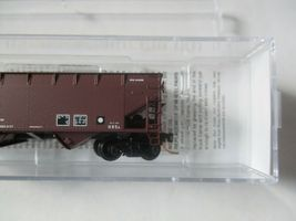 Micro-Trains Stock #05500530 Conrail 33' Offset Side 2-Bay Hopper w/Load N-Scale image 3
