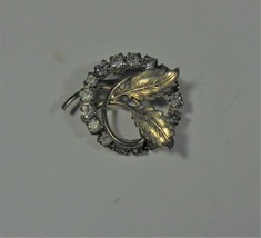 Vintage Gold Tone & Rhinestone Circle Pin, Leaf Design - $15.83