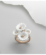 14K Gold Sterling Silver Frosted Flowers Ring Sz 8 - $36.75