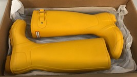 Hunter Women's Original Tall Yellow Rain Boots - 8 B(M) US - $98.99