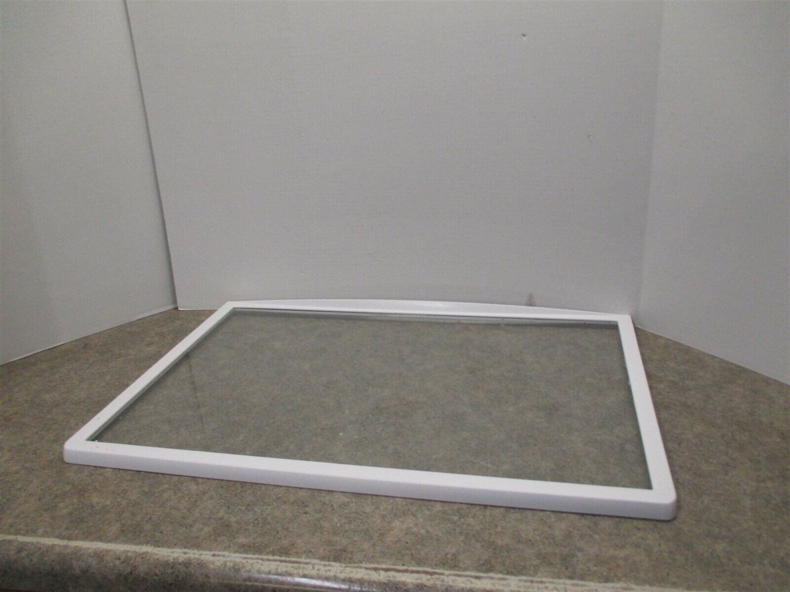 KENMORE SLIDING GLASS SHELF  25 1/2 X 16 3/4  (SCRATCHES/CLEAR) PART# 240358925 - $65.50