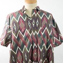 Tommy Hilfiger XL Geometric Diamond Shapes Circles Shirt - $19.79