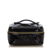 Pre-Loved Chanel Black Patent Leather CC Vanity Bag France - $660.64 CAD