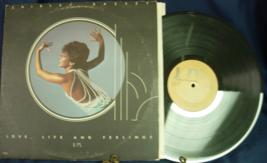 Shirley Bassey - Love, Life and Feeling - United Artists UA-LA605-G - $3.00