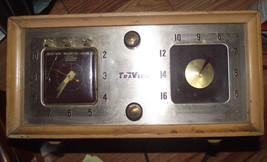 Vintage 50s Trav-Ler Superheterodyne Radio & Electric Timer Clock Model ... - $12.15