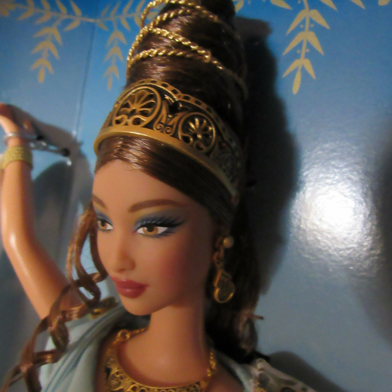 VHTF NRFB Goddess of Beauty Barbie Doll Classical Greek LTD ED 2000 image 2