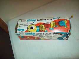 Vintage Slinky Cater-Puller pull toy 1950's James Industries with the box - $14.85