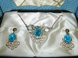 VTG Dual Gold Silver Tone Blue Glass Rhinestone Necklace Screw Back Earr... - $29.70