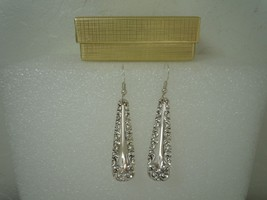 International Majestic 1893 Earrings Silverplate - $26.72
