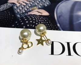 NEW Authentic Christian Dior 2019 CD LOGO STAR DANGLE DOUBLE PEARL Earrings image 3