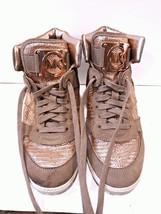 Michael Kors 8.5 M Sneaker Hi Top Lace Up Rose Gold MK Emblem PINK Glitt... - $1.316,90 MXN
