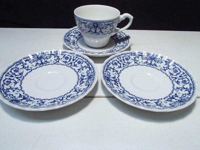 3 Saucers / 1 Cup ~~  J & G  Meakin  ~~ Classic Forum Blue ~~ htf ~ - $19.95