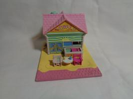 Vintage 1993 Bluebird Polly Pocket Beach Front Cafe Playset - $12.38