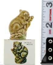 No.24 Field Mouse Miniature Porcelain Figurine Picture Box Whimsies by Wade image 2