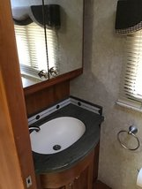 2004 Country Coach Intrigue 42 FOR SALE IN Waco, TX 76706 image 5