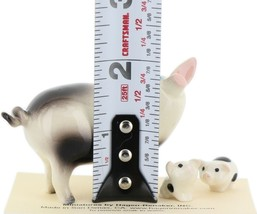 Hagen Renaker Miniature Pig Black and White Papa and Piglets - Set of 3 image 2
