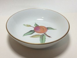 "Royal Worcester Porcelain Gold Trim Evesham Fruit Dessert Bowl s 5 5/8"" - $9.88"