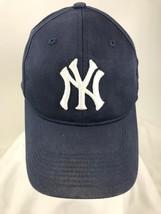 New York Yankees Black Baseball Hat Fitted 8Mens MLB On-Field - $9.49