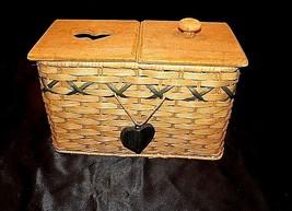 Tender Heart Treasures Woven Handmade Basket AA18-1359 Vintage 1995 image 1