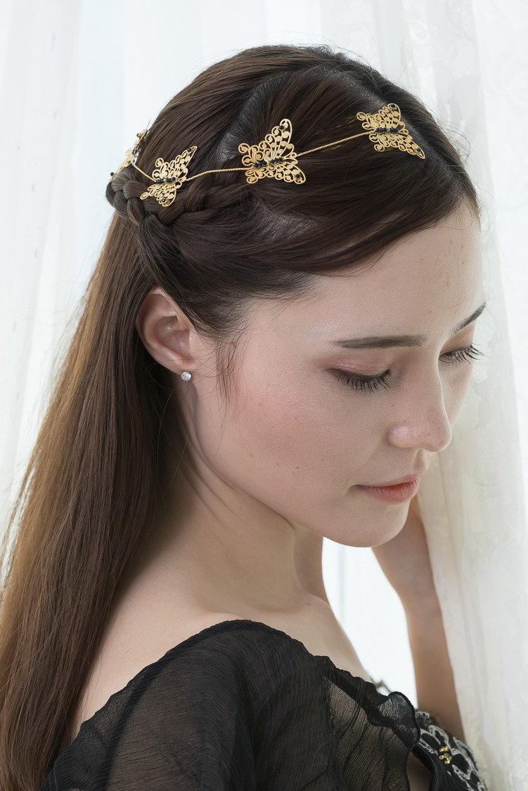 Divine Messenger Gold & Blue Sapphire Butterflies Hair Chain