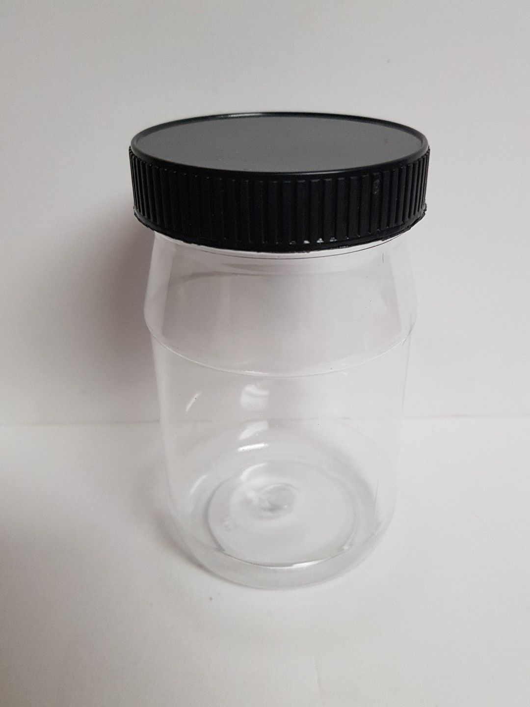 5 PLASTIC JAR WITH LIDS GREAT FOR CRAFTING STORAGE AND MORE