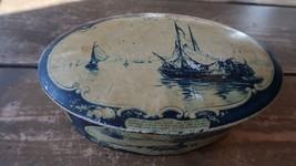 Vintage Oval Droste Tin Haarlem Holland White Blue Boats Windmills - $19.79