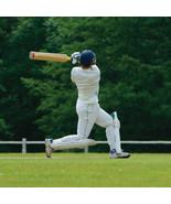 """Geburtstagskarte """" Cricket Schläger Design """" groß quadratisch Größe 15.9... - $6.97"""