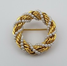 """Vintage Gold Tone Wreath Circle Pin Brooch with Faux Pearls 1 1/4"""" - $12.86"""