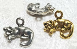 SITTING CAT WITH CURLED TAIL FINE PEWTER PENDANT CHARM