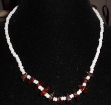 VTG White Glass Root Beer Tortoise Shell Faux Amber Beaded Choker Necklace - $19.80