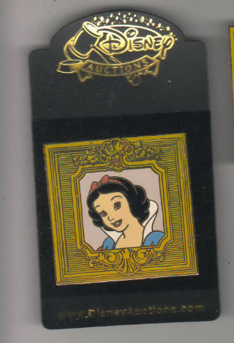 Snow White in Gilded Frame Disney Auctions (P.I.N.S.) le 500  pin on  Card