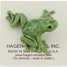 Hagen Renaker Miniature Frog Green Tree Frog Ceramic Figurine