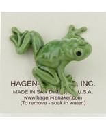Hagen Renaker Miniature Frog Green Tree Frog Ceramic Figurine - $8.49
