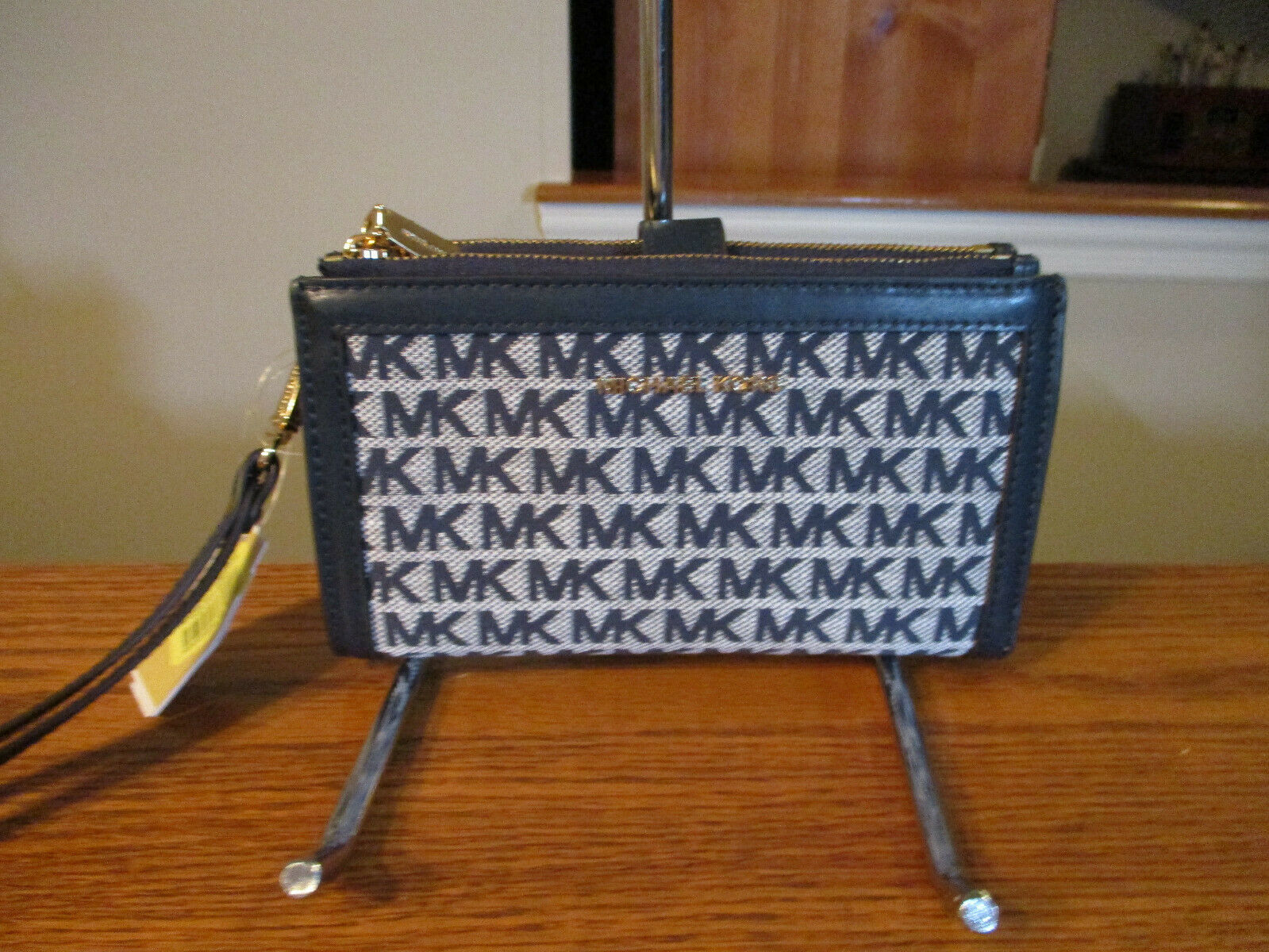 Primary image for Authentic Michael Kors Double Zip Wristlet Wallet Navy Ivory Signature New W/Tag