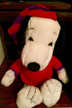 Vintage Winter SNOOPY Plush w/ Stocking Hat + Sweater APPLAUSE 1990 - $12.99