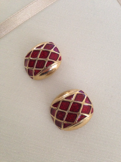 Primary image for Vintage Gold Tone Red Enamel Square Diamond Pattern Clip On Earrings