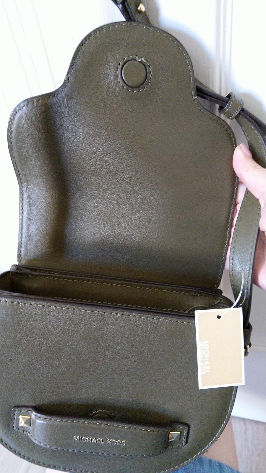 MICHAEL Michael Kors Cary Small Leather Saddle Bag ( Olive )