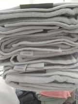 """Threshold Performance Bath Towel Classic Grey Cotton 30"""" x 54""""  NEW WITH TAGS image 6"""