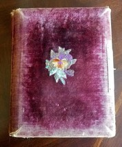 Antique Victorian Velvet embroider Photo Album With Clasp And Pictures - $54.45